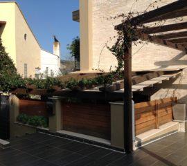 Ανακαίνιση εξωτερικού χωρου σε οικία