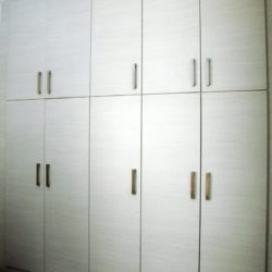 Ανακαίνιση υπνοδωματίου ντουλάπα